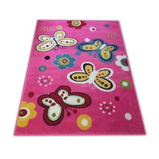 dywan motylki różowy
