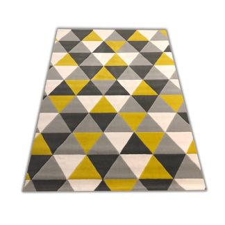 Modne trójkąty musztardowe
