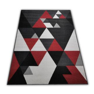 Dywan w czerwone trójkąty
