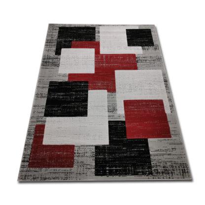 Dywan w czerwone kwadraty