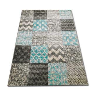 dywan turkusowy w kwadraty