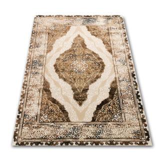 piękny tradycyjny dywan