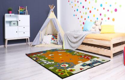 kolorowy dywan ze zwierzÄ™tami