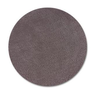 brązowy dywan makaron